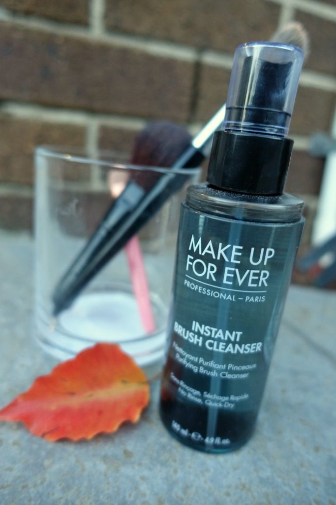 MUFE brush cleanser2