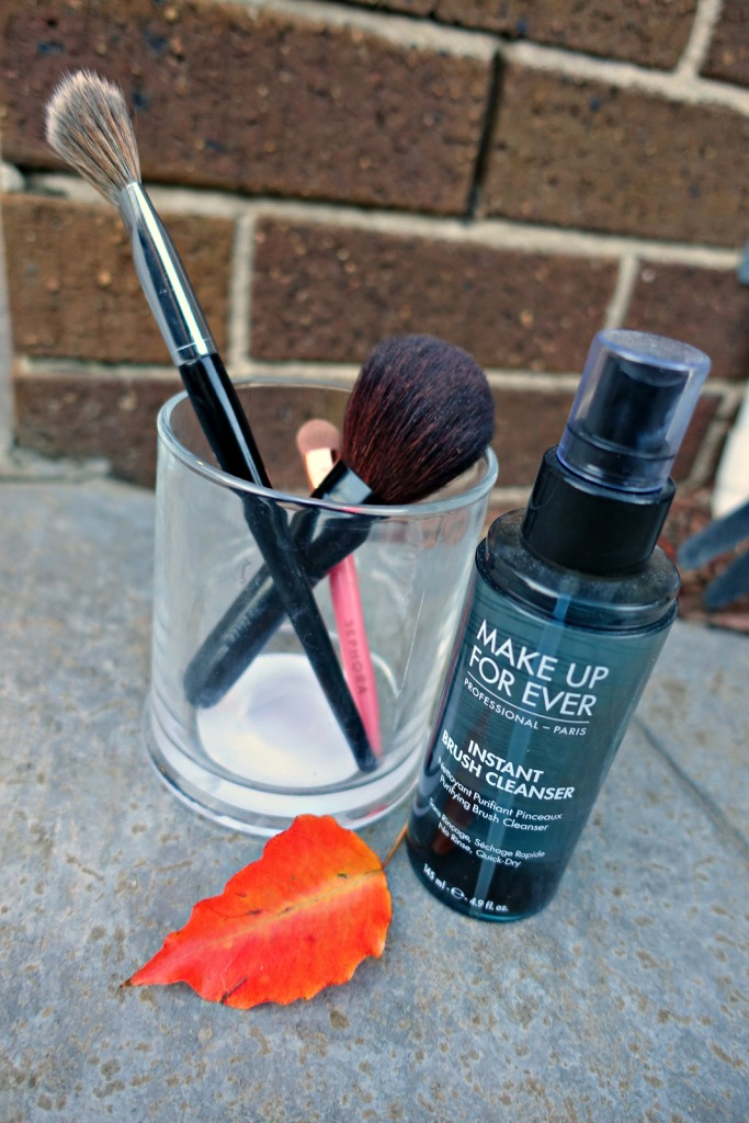 MUFE brush cleanser3