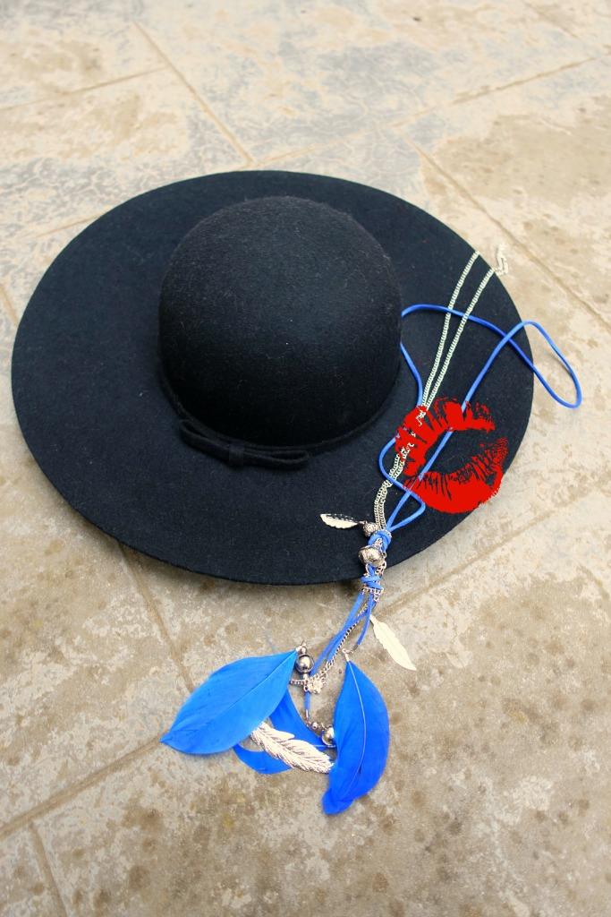 ootd floppy hat6