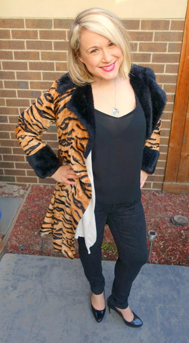 ootd_bold coat&slouchy sleek6