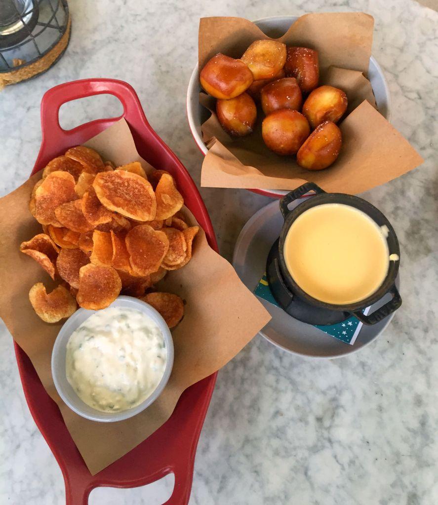 LV_Food_Pretzels and Fondue
