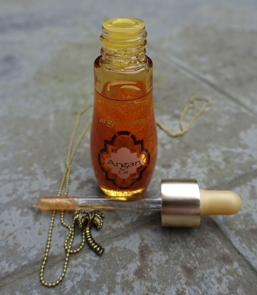 physicians formula argan wear oil