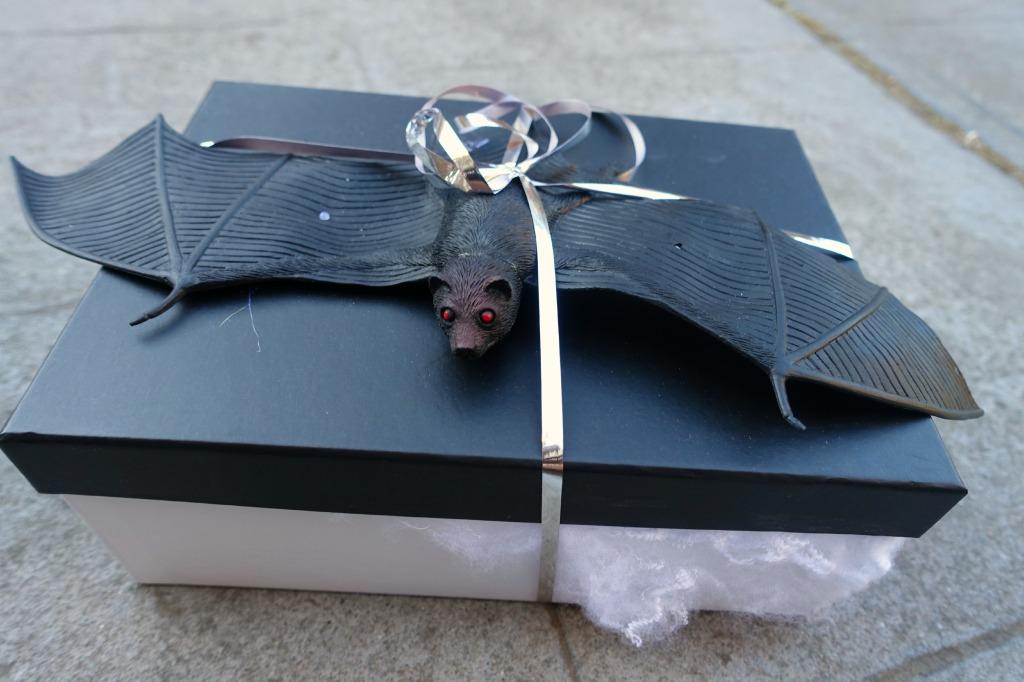 halloween box swap_bat box